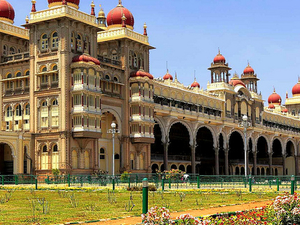 Daily Mysore Sight-Seeing from Bangalore Photos