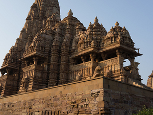 Khajuraho - Varanasi Tours Photos