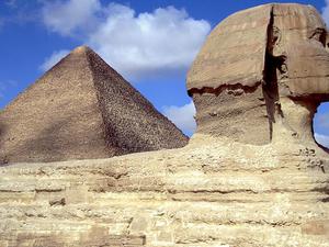 Pyramids of Giza, Egyptian Museum, Khan el-Khalili tour Photos