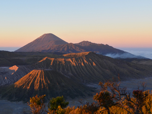Bromo midnight trip Photos