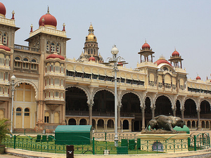 Palaces, Plantations and Beach in South India Photos