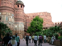 Agra Fort Tourists