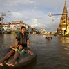 Ayutthaya Main Road Over Flow