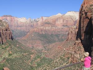 Bear Canyon Overlook Picnic Area