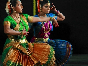 Experience Chennai: Small-Group Bharatanatyam & Bollywood Dance Class Photos