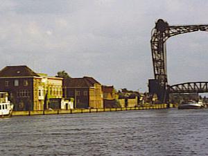 Brussels-Scheldt Maritime Canal