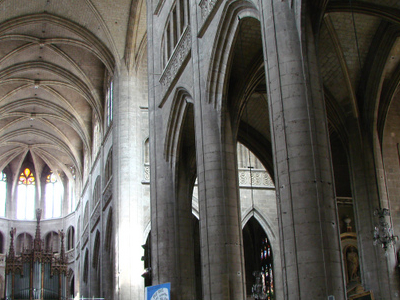 Auch Cathedral Interior