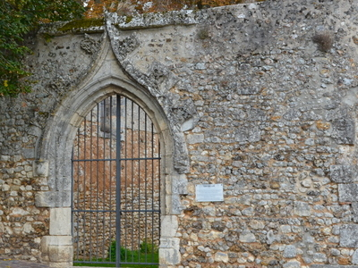 Saint-Lubin Ruins