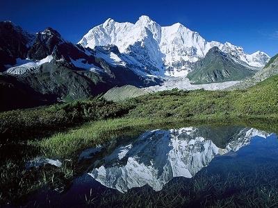 Chomolonzo Peak - Kangshung Glacier - Tibet