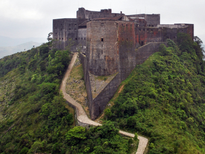 [Image: citadelle-laferriere-_-laferri-c-3-a-8re...00_300.jpg]
