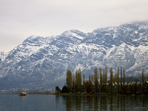 Dal Lake - Still Waters Photos