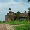 Jehangir Mahal Pathway
