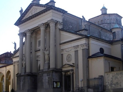 Duomo Di  Ivrea