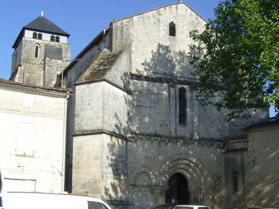 The Eglise Saint-Pallais On The Right Bank