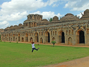 Relive the Magnificent Hampi 3 Days
