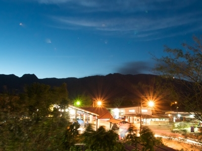 El Valle At Night