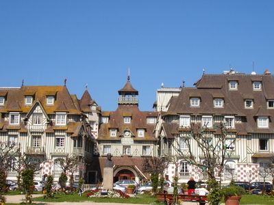 Hotel Normandy And Its Gardens