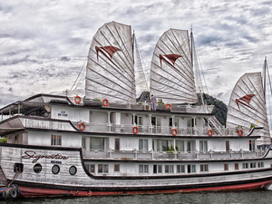 Ha Long Legends Travel Deal: Signature Cruise 3D/2N Photos