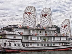 Ha Long Legends Travel Deal: Signature Cruise 3D/2N