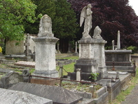 Royal Borough Of Kensington And Chelsea Cemetery