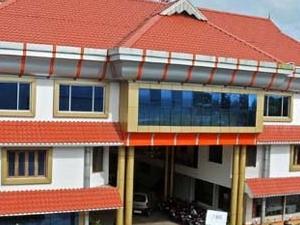 Hotel ISSACS Regency