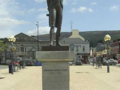 A Status Of Theobald Wolfe Tone