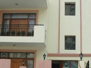 Signature Crest Serviced Apartment,Gurgaon