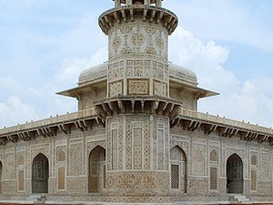Tomb Of Itmad-ud-Daula's
