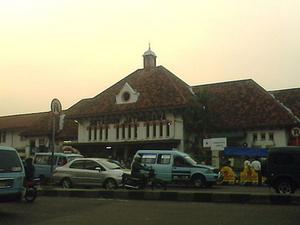 Jatinegara Station
