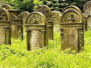 Jewish Graveyard