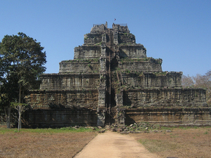 Koh Ker And Beng Mealea On Road Photos