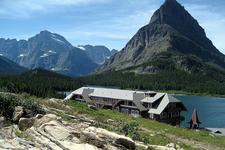 Many Glacier Inn - Glacier - Montana - USA