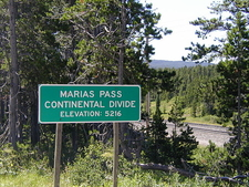 Marias Pass Board - Glacier - USA