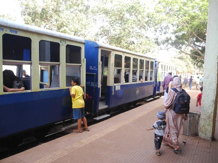 Matheran India  City new picture : Matheran Neral Toy Train Maharashtra India