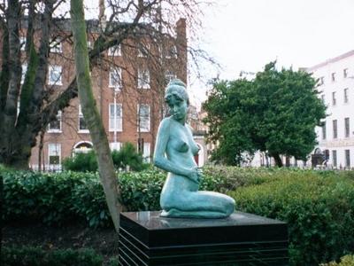 Merrion  Park  Statue