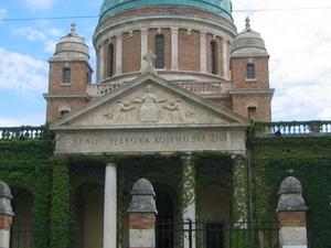 Mirogoj Cemetery