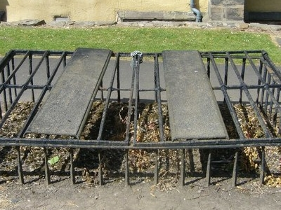 Mortsafe In  Greyfriars  Kirkyard