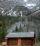 Peavine Cabins And Airstrip