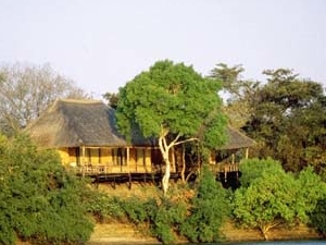 Puku Pan Safari Lodge