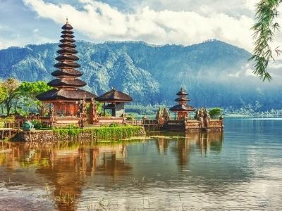 Pura Ulun Danu Temple - Bali