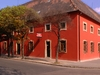 Red House-Vác