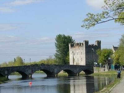 River Barrow, Crom-a-Boo Bridge And White's Castle