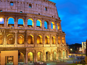 Colosseum & Ancient Rome Tour By Night Photos