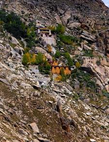 Rakhadrak Hermitage