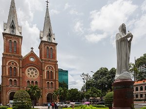 Saigon - Nha Trang - Hoi An - Hue - Halong - Hanoi Photos