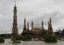 Samarinda Grand Mosque Facing The Mahakam