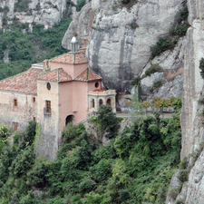 Santa Cova Chapel In The Mountain