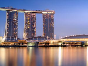 Experience Serene Singapore Photos