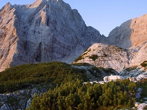 Stenar Peak