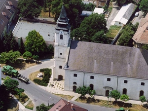 Szarvas- or Klazsik House